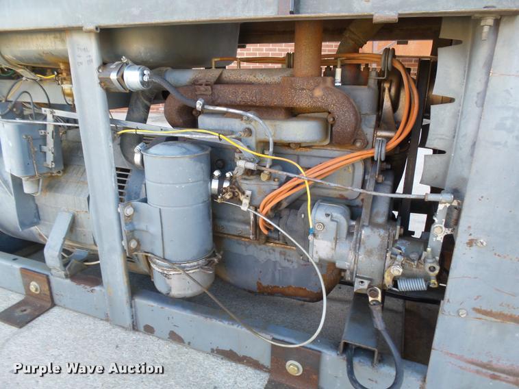 Lincoln SA-200-F-163 arc welder | Item DA4607 | SOLD! Novemb