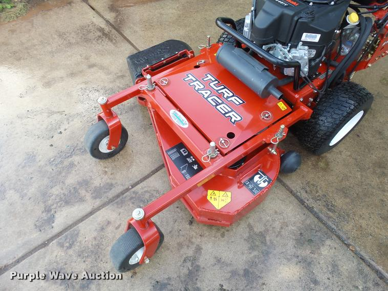 2015 Exmark Turf Tracer lawn mower | Item L3256 | SOLD! Nove
