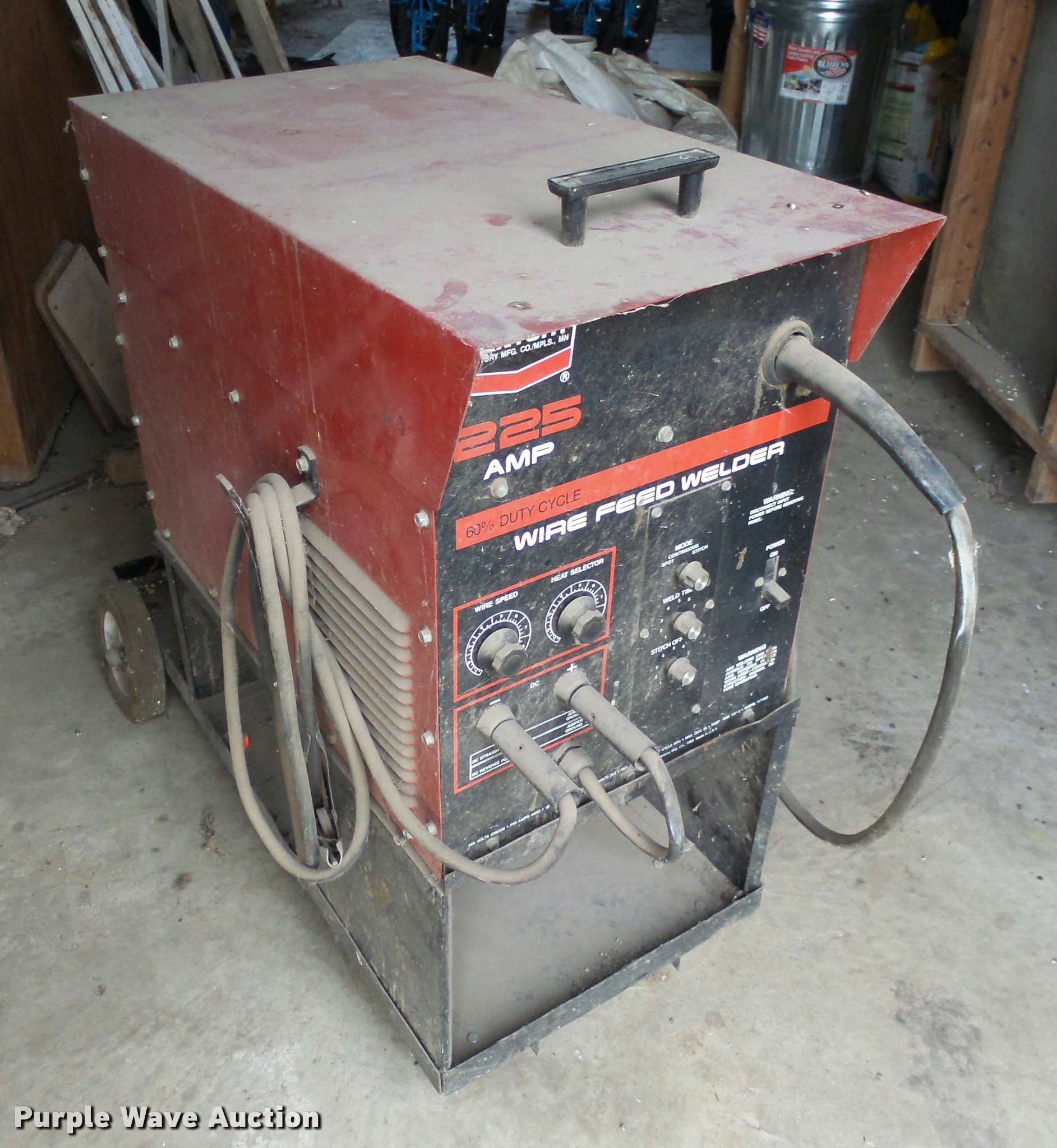 Century wire feed welder   Item AL9073   SOLD! November 1 Go...