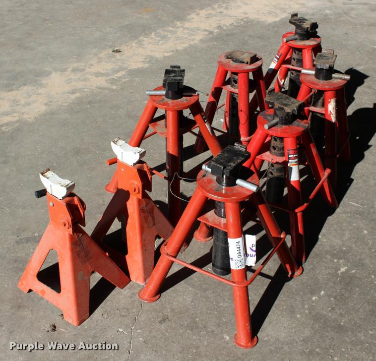 8 Jack Stands Item Da4474 Sold November 30 Ag Equipme