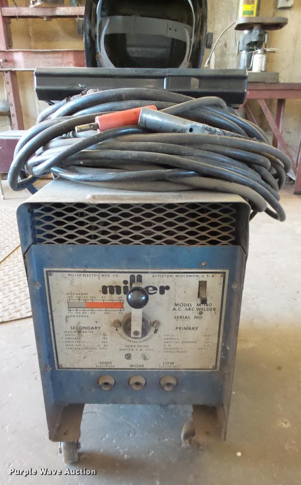 Miller Arc Welder >> Miller M 180 Arc Welder Item Ah9896 Sold November 30 Ve