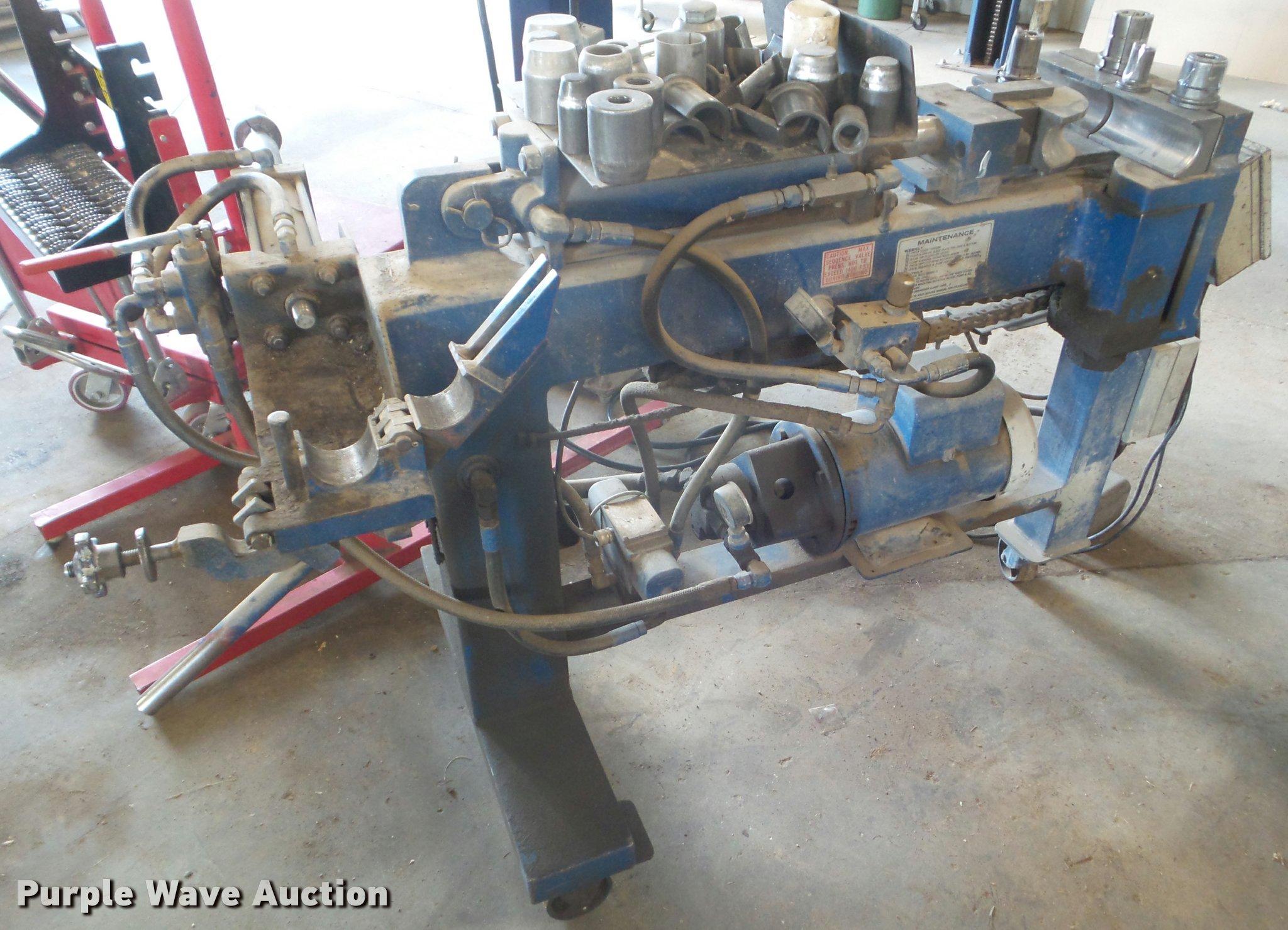 DA9515 image for item DA9515 American Blue Boy pipe bender
