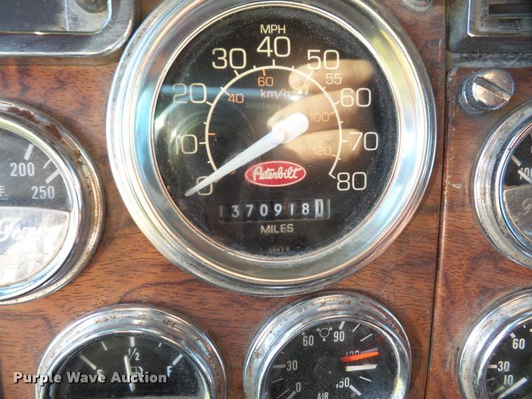1998 Peterbilt 379 semi truck | Item DA3887 | SOLD! December