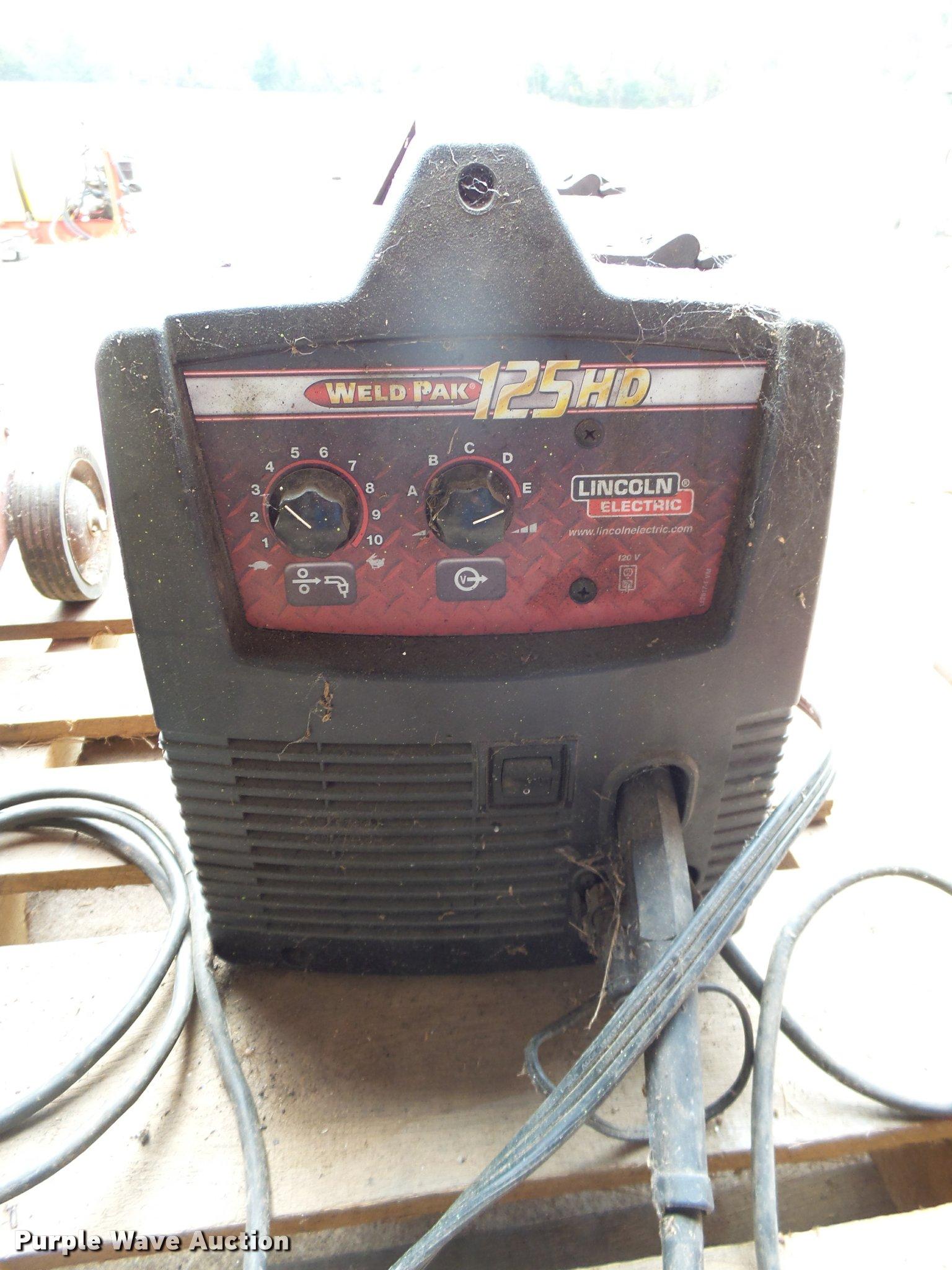 Lincoln Electric 125 Hd Weld Pak Wire Welder In Goddard Ks Item Ah9766 Sold Purple Wave