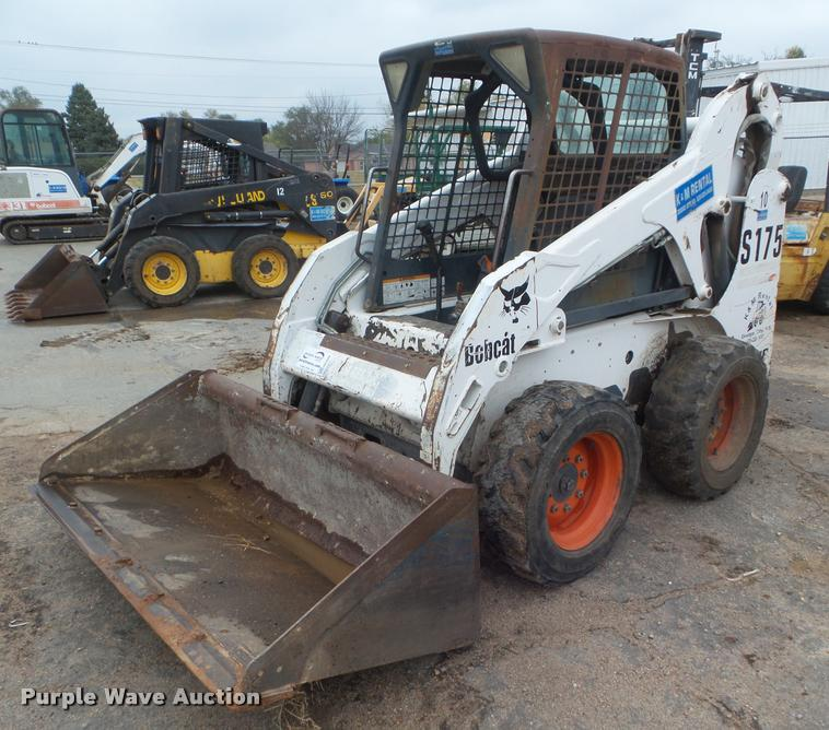2002 Bobcat S175 skid steer | Item DB3608 | SOLD! December 1