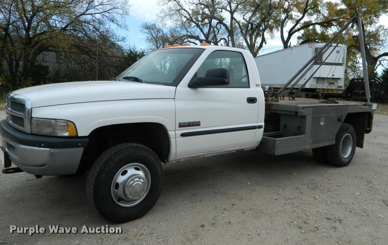 2002 dodge ram 3500 flatbed pickup truck in great bend ks item j5055 sold purple wave 2002 dodge ram 3500 flatbed pickup