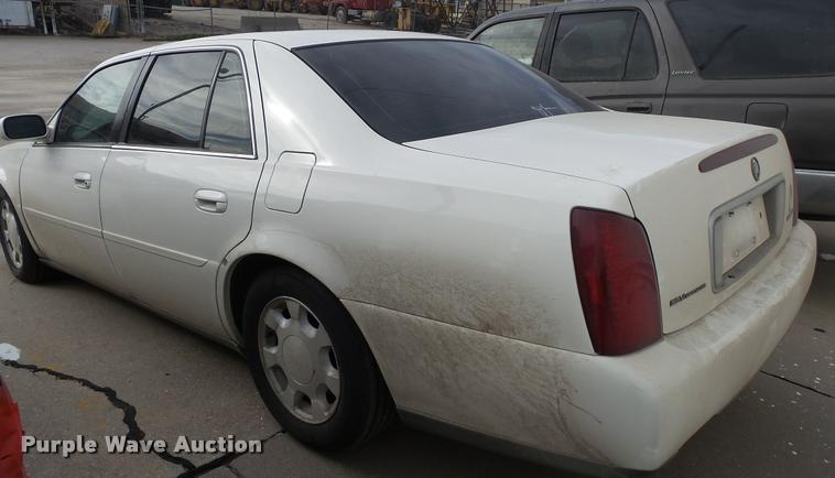 2001 Cadillac DeVille | Item K8119 | SOLD! December 14 Vehic