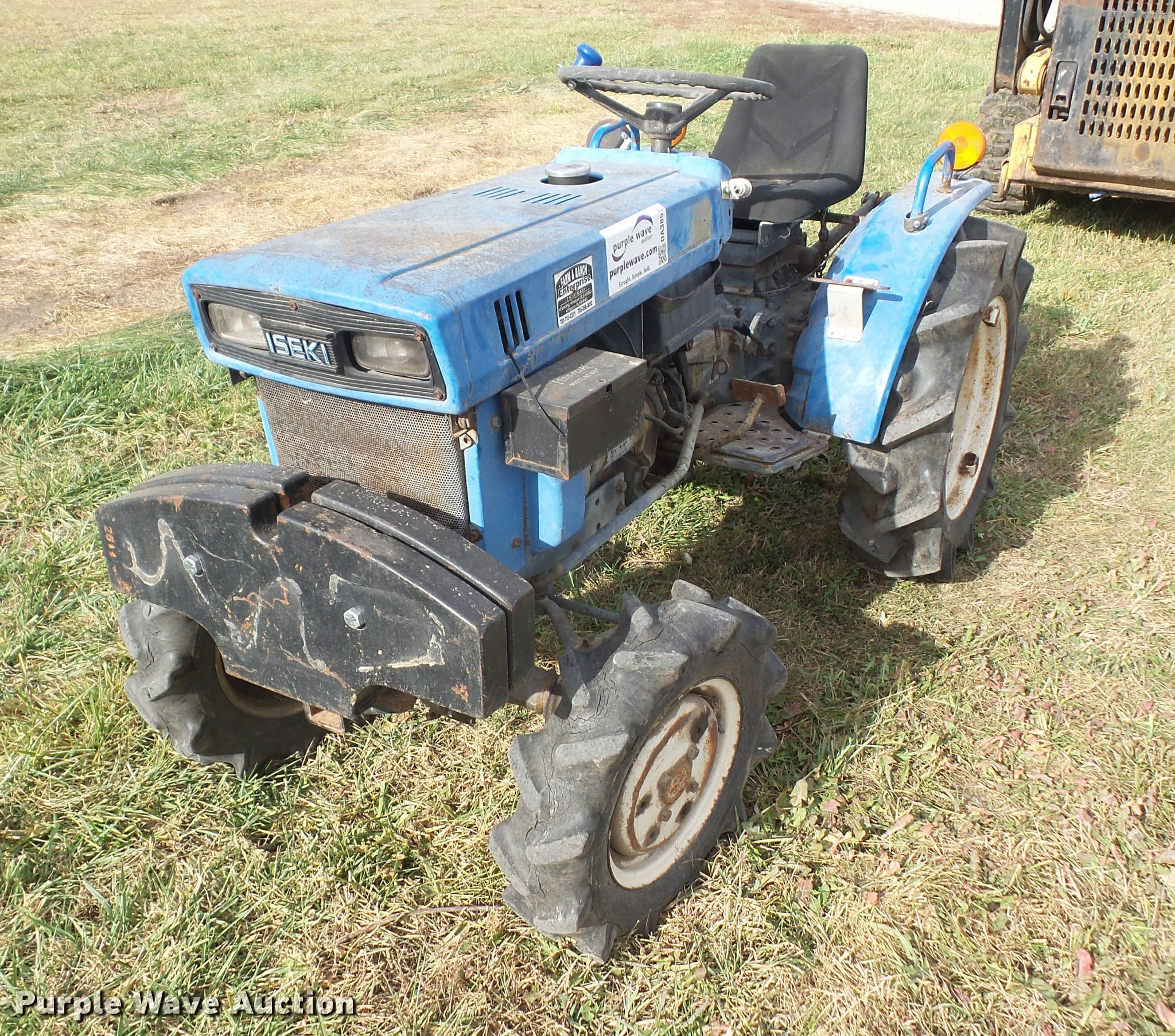 Iseki TX1500F MFWD tractor | Item DA3857 | SOLD! December 14