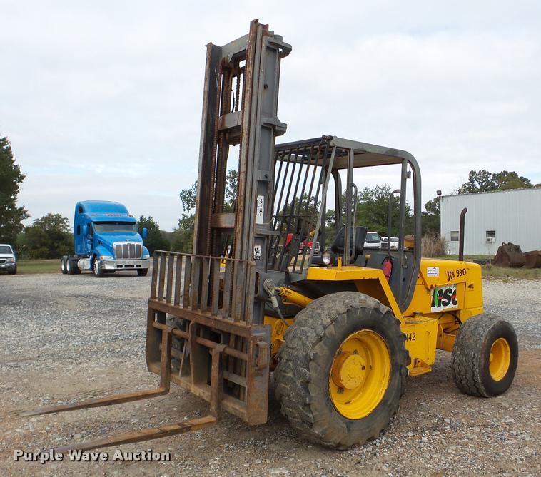 1994 JCB 930 Forklift Item DA8989 SOLD December 15 Cons
