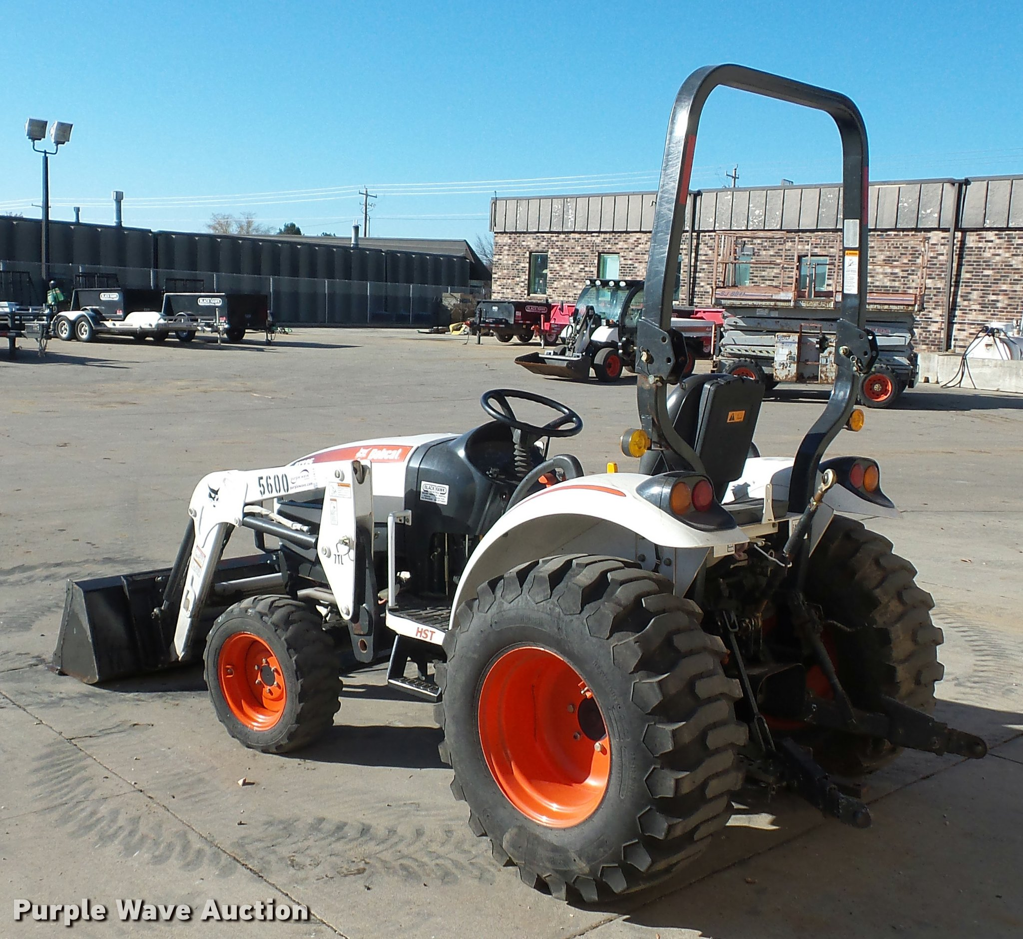 Bobcat CT235 MFWD tractor | Item J1614 | SOLD! December 15 C