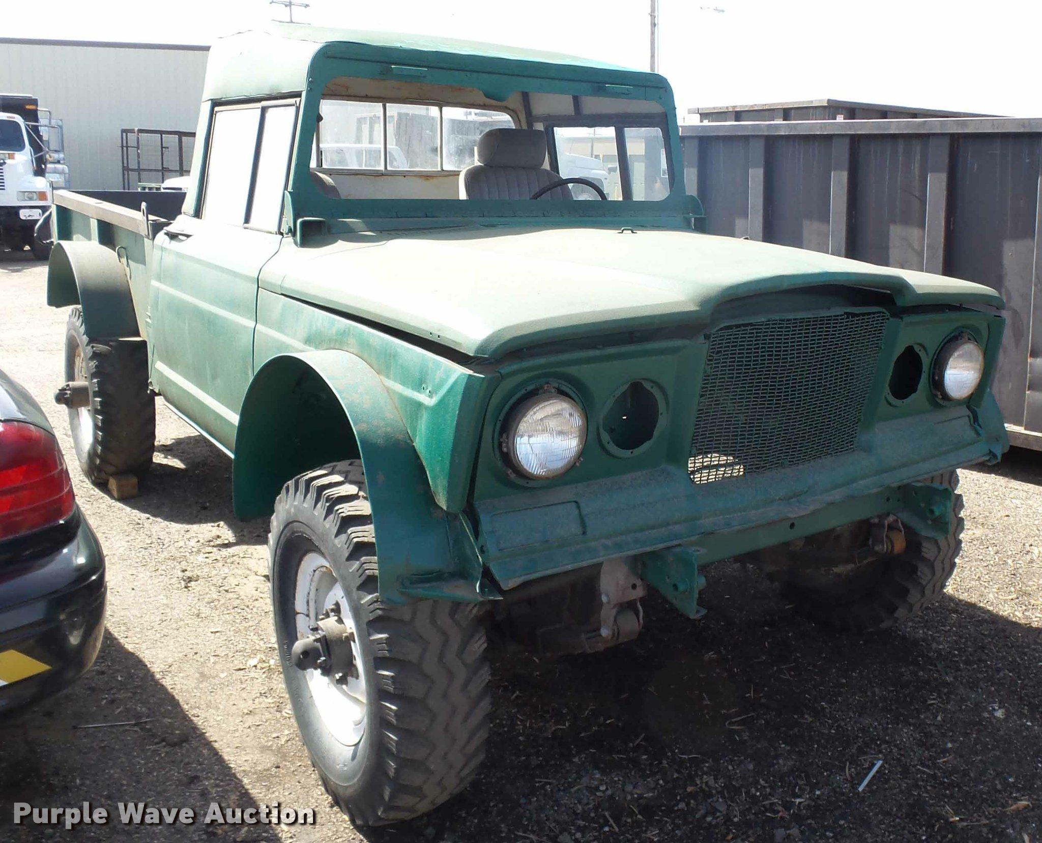 1968 Kaiser Jeep pickup truck Item L7343