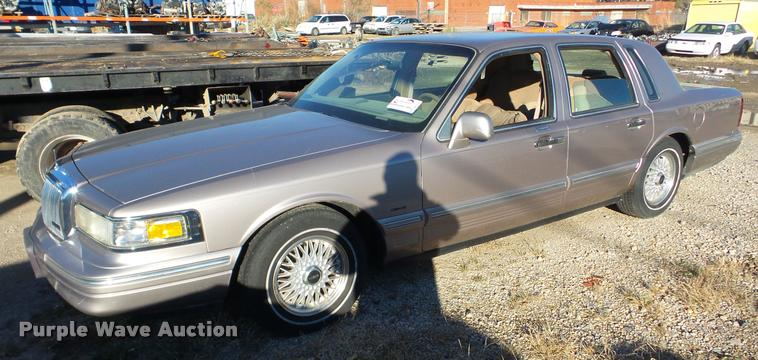 1995 Lincoln Town Car Item Da2152 Sold January 16 City