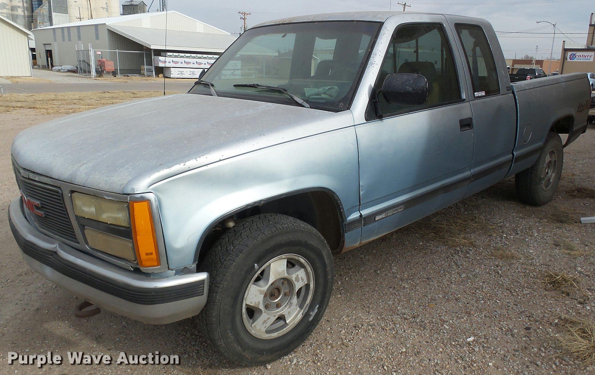 1992 gmc sierra 1500 ext cab pickup truck in sublette ks item di9557 sold purple wave 1992 gmc sierra 1500 ext cab pickup