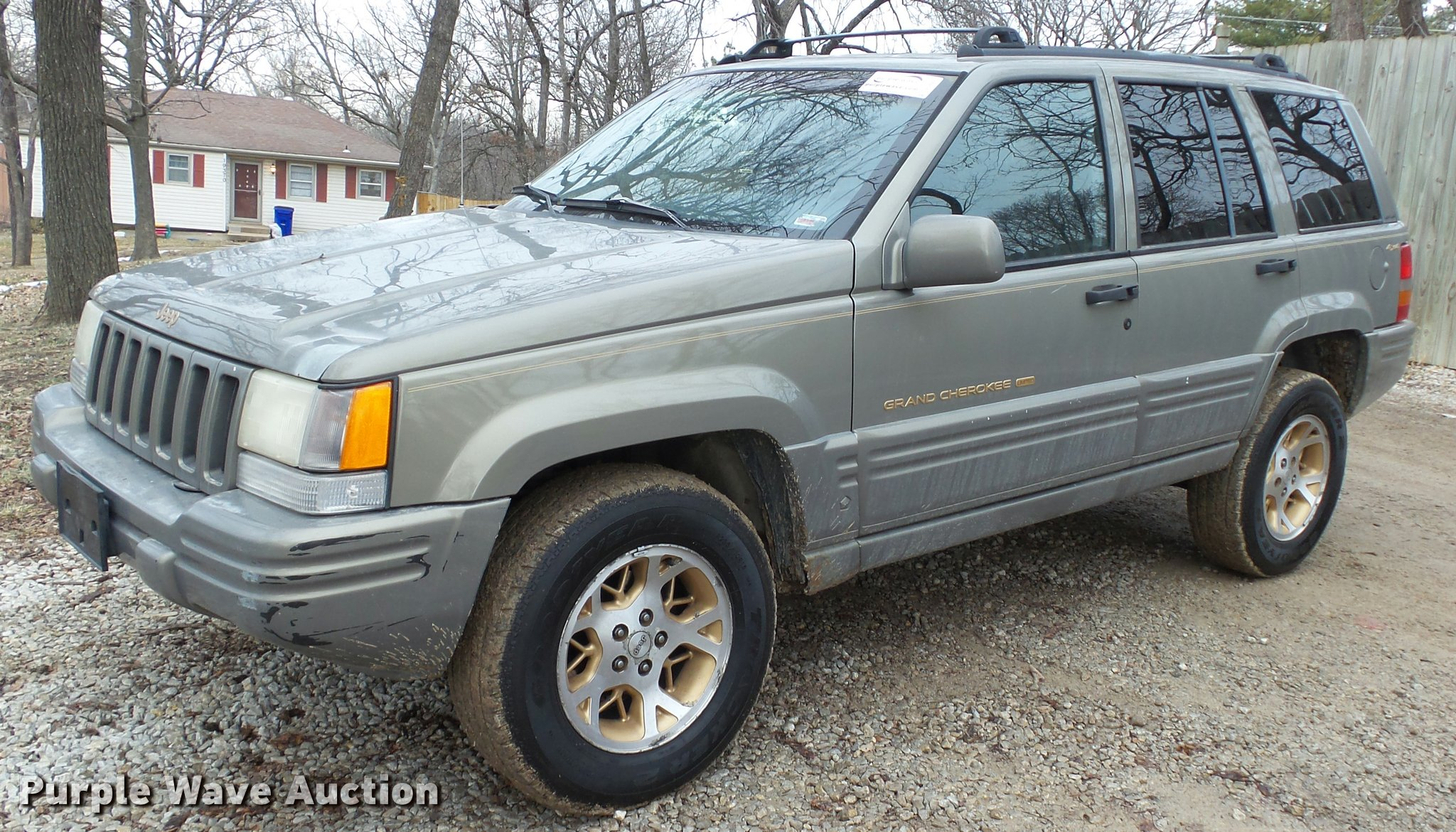 K8003 Image For Item K8003 1997 Jeep Grand Cherokee Limited SUV