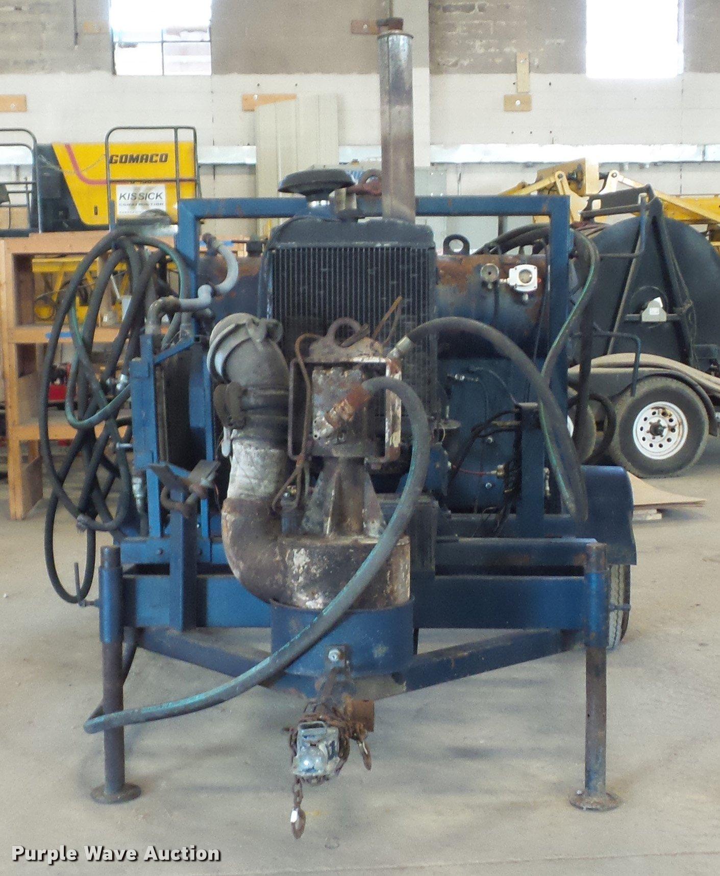 Guzzler sludge pump | Item DA5782 | SOLD! January 19 Constru
