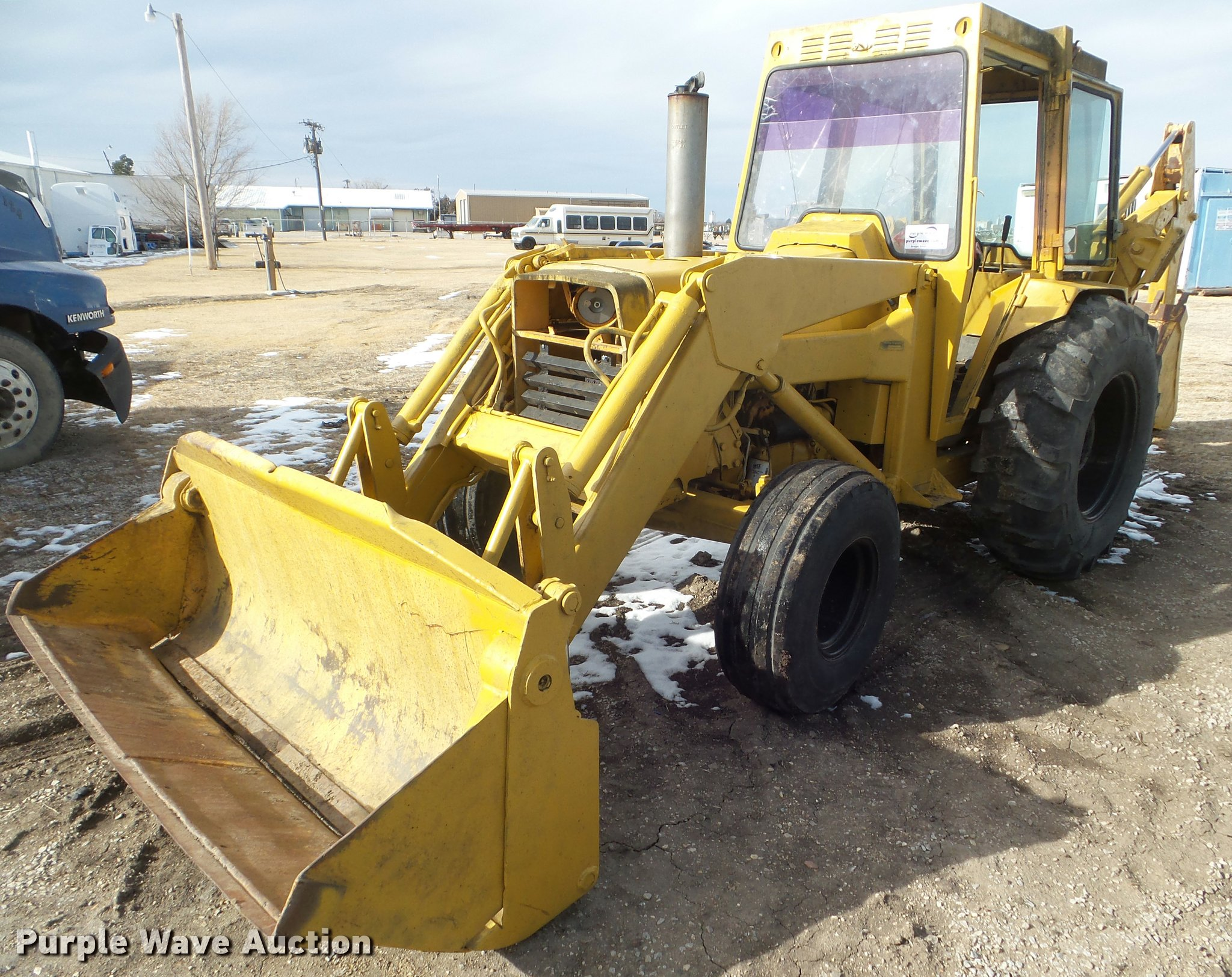 Massey-Ferguson MF300A backhoe | Item DA7502 | SOLD! Februar