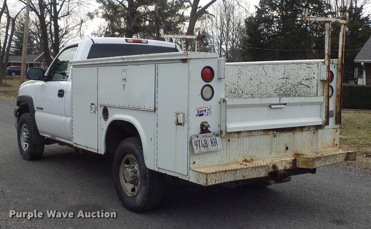 2003 Chevrolet Silverado 2500hd Utility Truck In Okawville Il