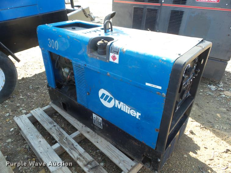 Used Welders For Sale >> Miller Bobcat 225 Nt Welder Generator Item Da7554 Sold