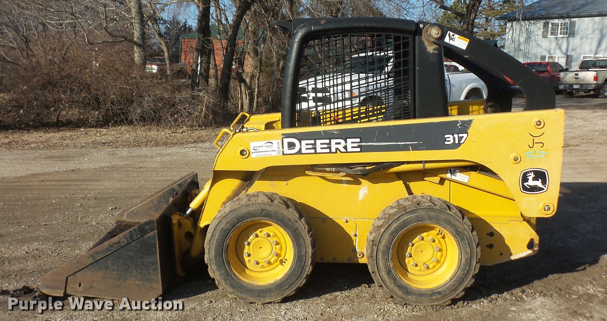 2006 John Deere 317 skid steer | Item DB2908 | SOLD! Februar