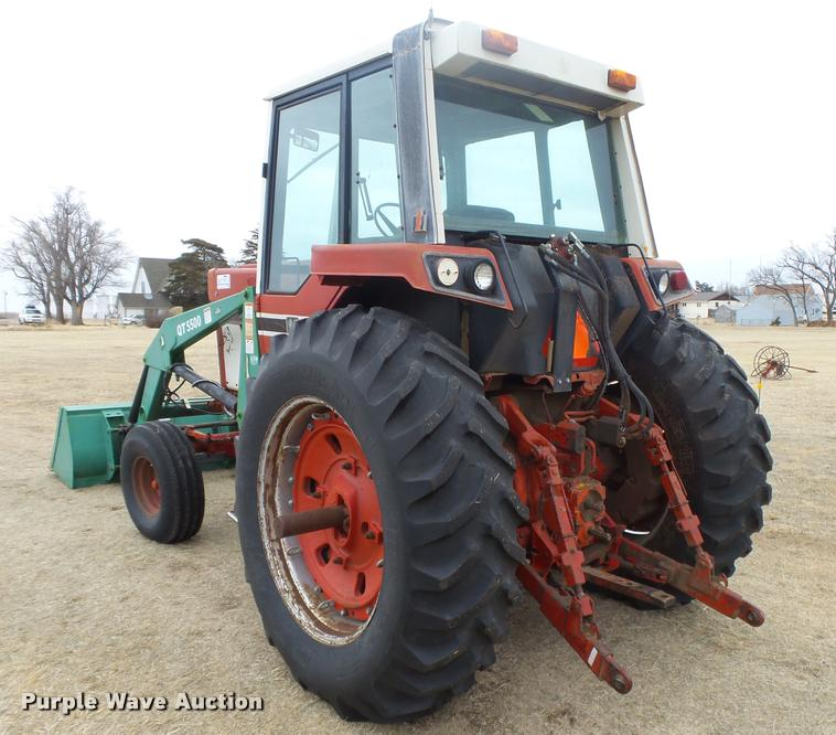 International 1086 tractor | Item DB1843 | SOLD! February 22