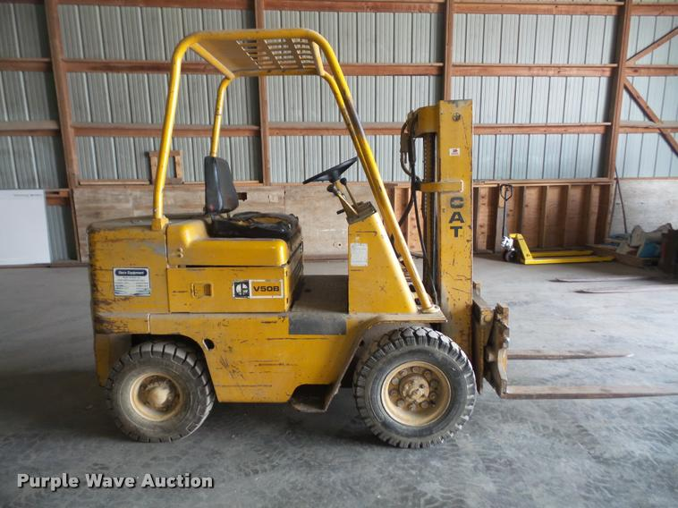 Caterpillar V50b Forklift Specifications