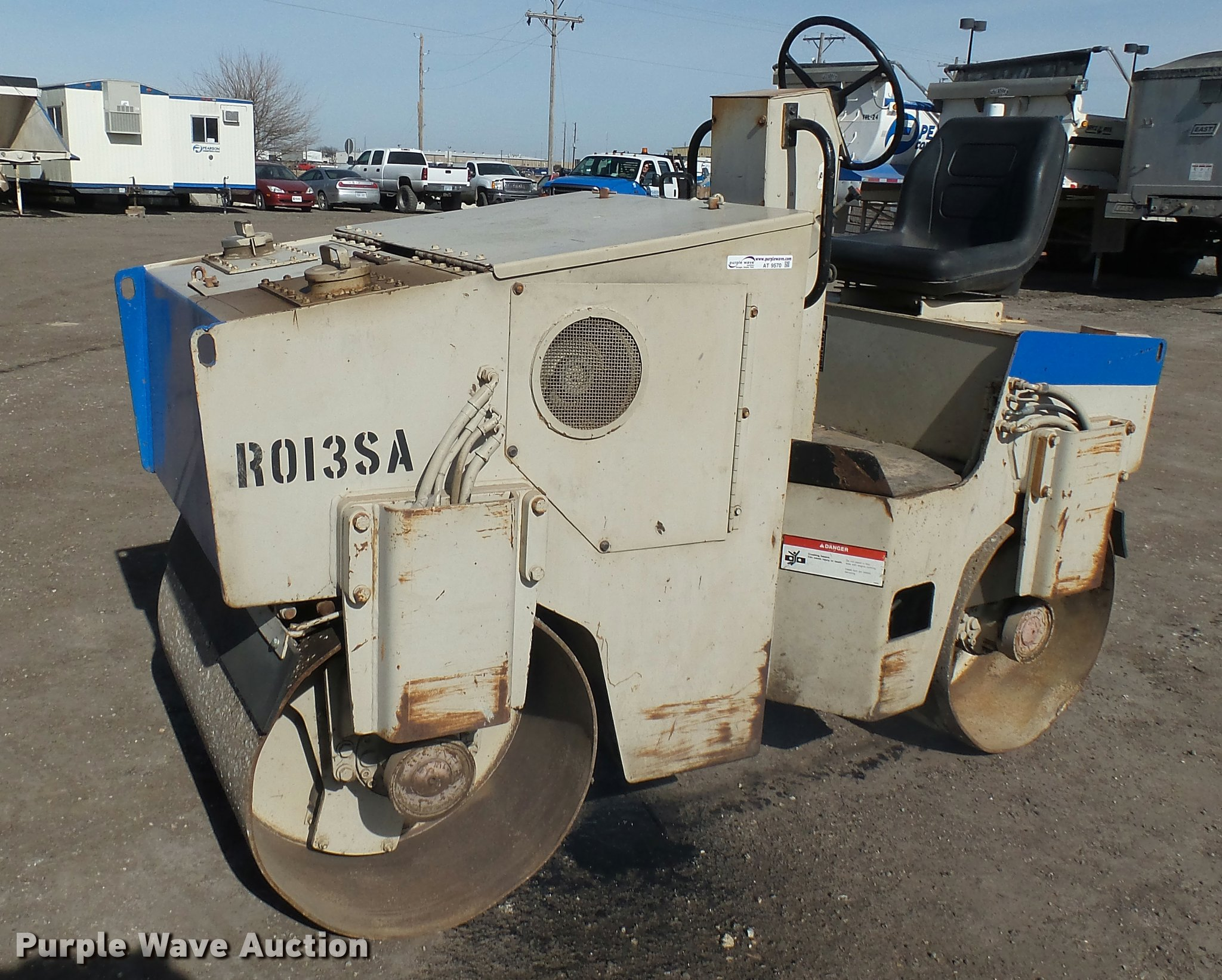 AT9570 image for item AT9570 Ingersoll Rand DD-23 double drum roller