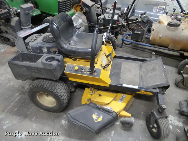 Cub Cadet Z Force Lawn Mower Item Bt9062 3 7 2017