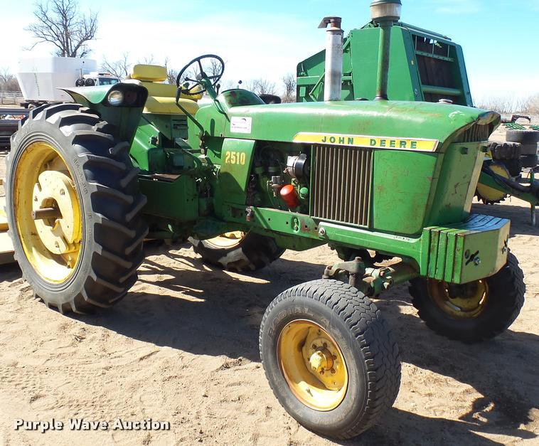 Ag Equipment Auction in Winfield, Kansas by Purple Wave Auction