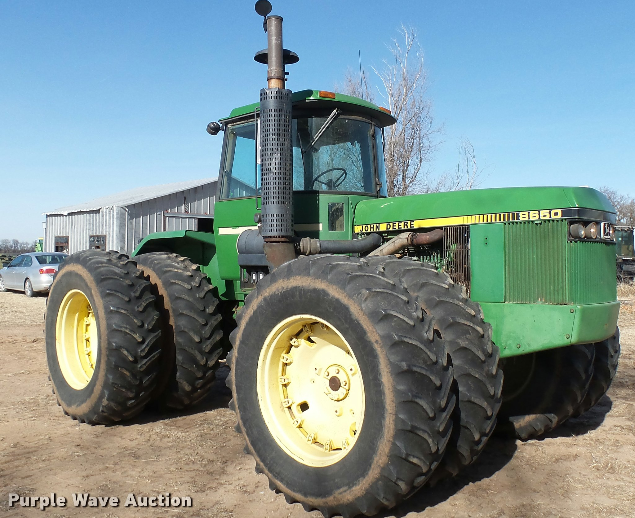 BU9440 image for item BU9440 1982 John Deere 8650 4WD tractor