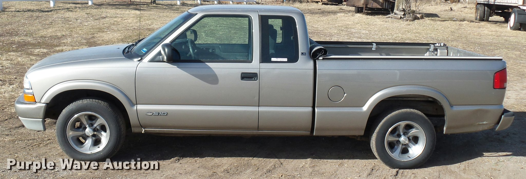 All Chevy 2000 chevrolet s-10 : 2000 Chevrolet S10 Ext. Cab pickup truck   Item AX9372   SOL...
