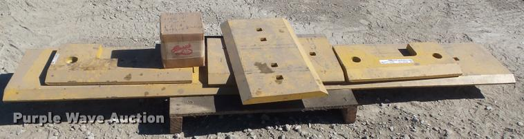 5) Komatsu WA450 wheel loader cutting edges | Item CC9536 |