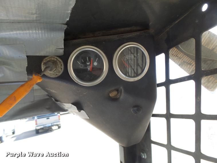 Bobcat 743 skid steer | Item DA3328 | SOLD! March 16 Constru