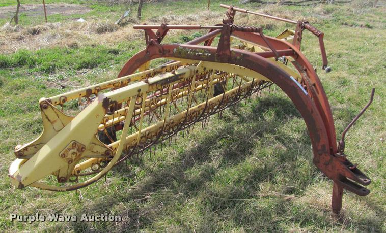 new holland 258 hay rake item dt9678 sold march 22 ag e rh purplewave com New Holland Rotary Rake new holland 258 hay rake specs