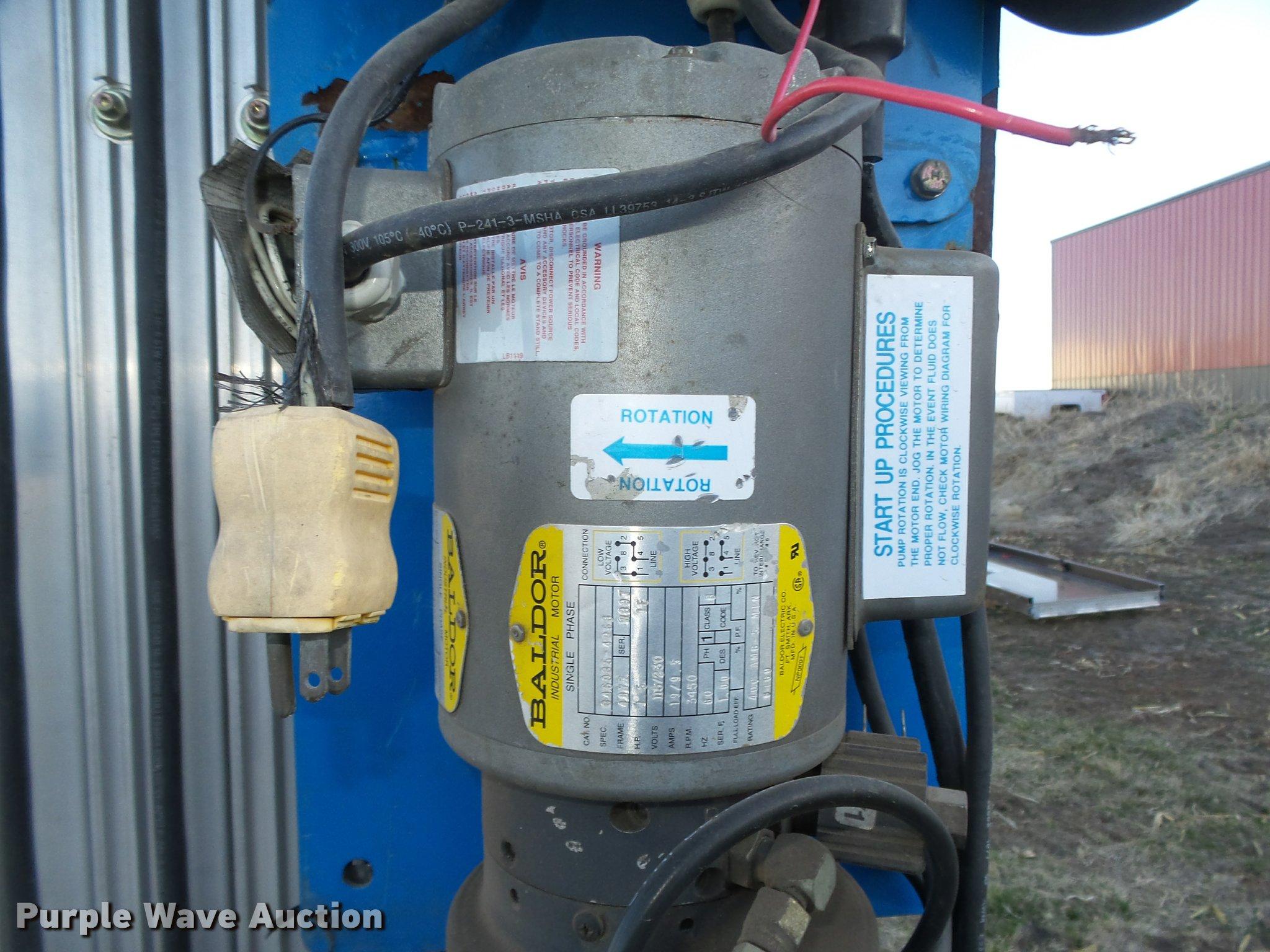 Genie 30AWP vertical lift | Item DA0584 | SOLD! March 29 Veh...