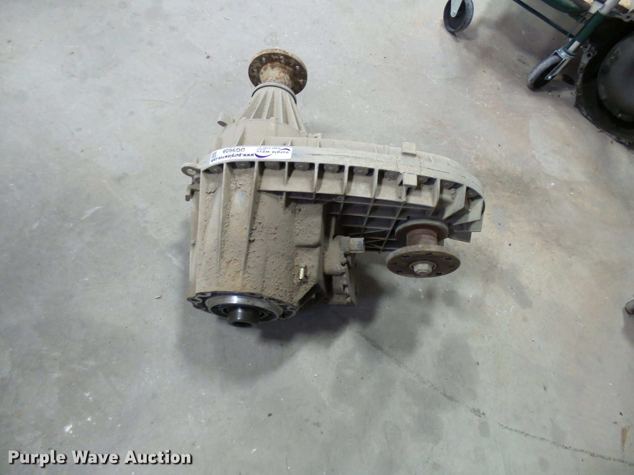 New Process 273 transfer case | Item DG9608 | SOLD! March 29