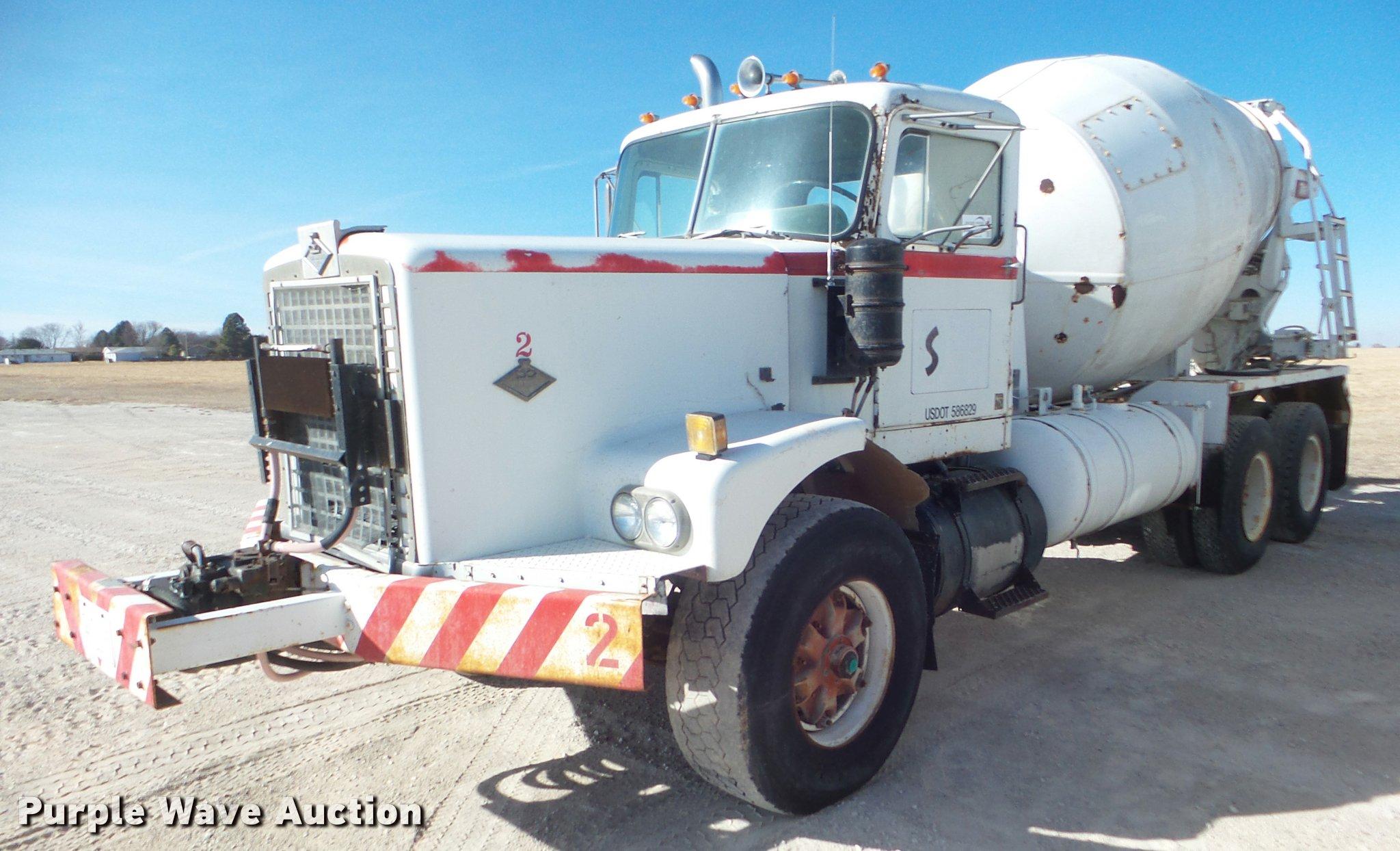 1972 Diamond Reo ready mix truck   Item DA7688   SOLD! March
