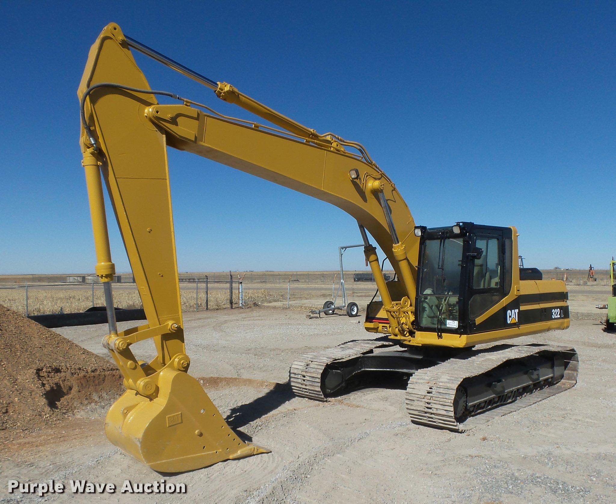 1996 Caterpillar 322 L excavator | Item DB1922 | SOLD! March
