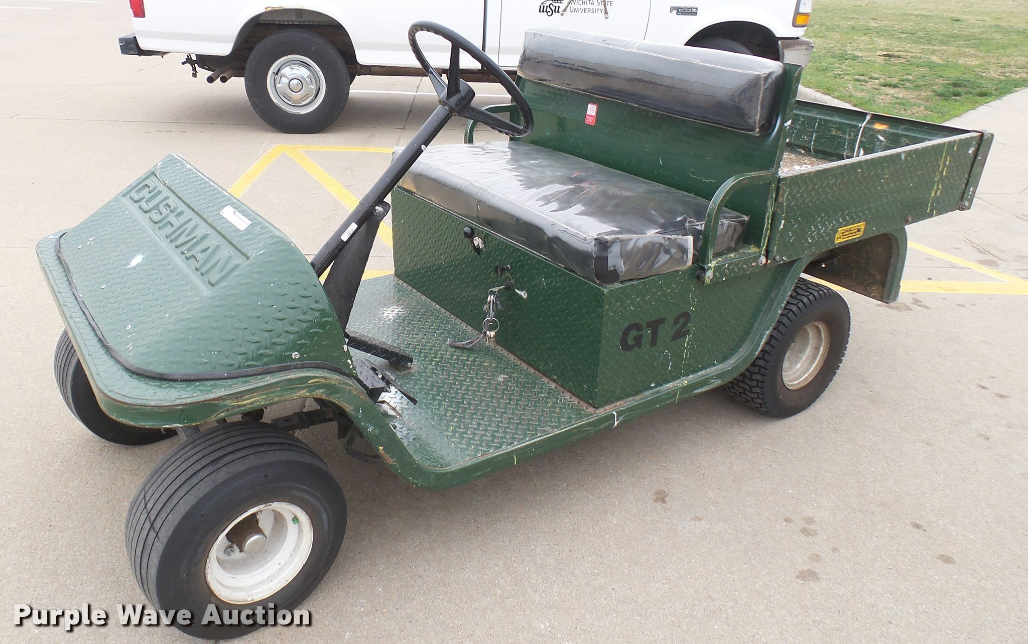 Cushman GT2 utility golf cart | Item DS9162 | SOLD! April 4