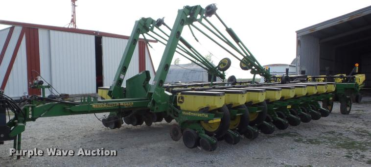 John Deere 1770 Conservation Planter Item Ag9031 Sold A