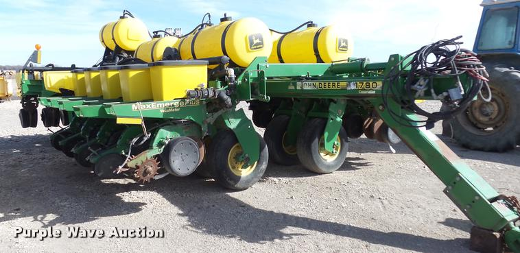 Ag Equipment Auction in Luray, Kansas by Purple Wave Auction