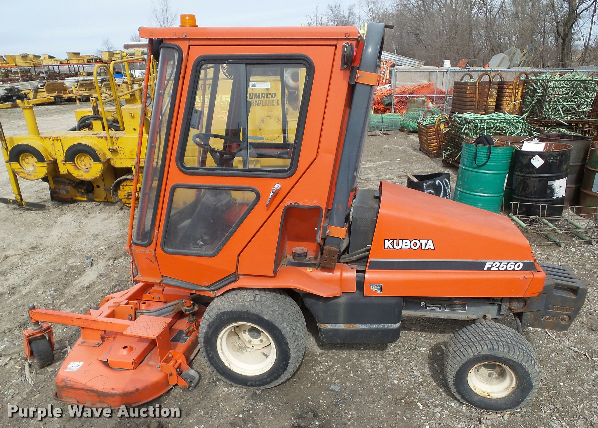 Kubota F2560 lawn mower and attachments   Item CB9865   SOLD
