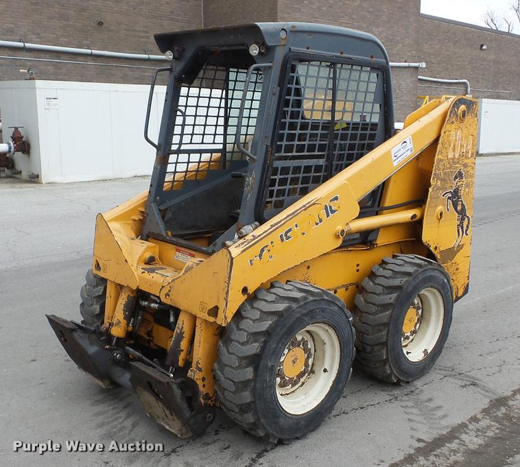 Mustang 2054 skid steer | Item J8659 | SOLD! April 13 Constr