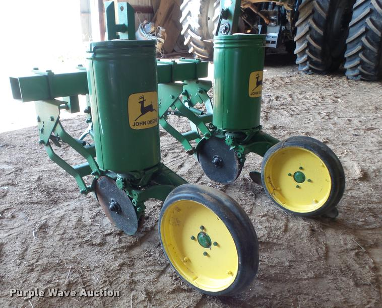 John Deere 71 Planter Item Cc9540 Sold April 19 Ag Equi