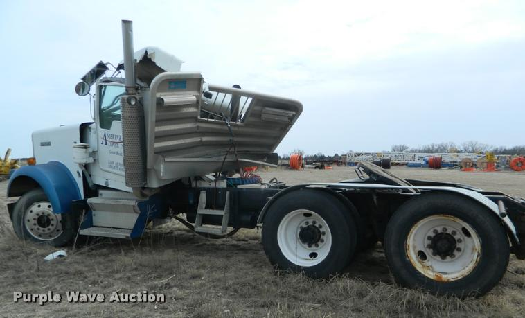 1999 Kenworth W900 truck cab and chassis | Item BK9263 | SOL