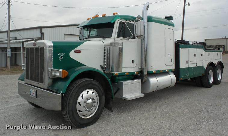Truck And Trailer Auction In Grain Valley, Missouri By