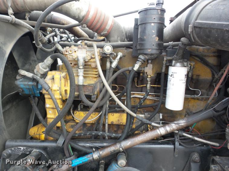 1992 Peterbilt 379 wrecker truck | Item J8662 | SOLD! April