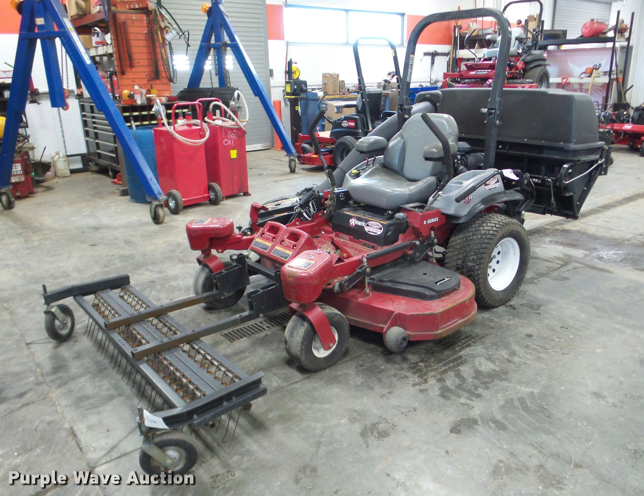 Exmark X-Series ZTR lawn mower | Item DA1770 | SOLD! April 2