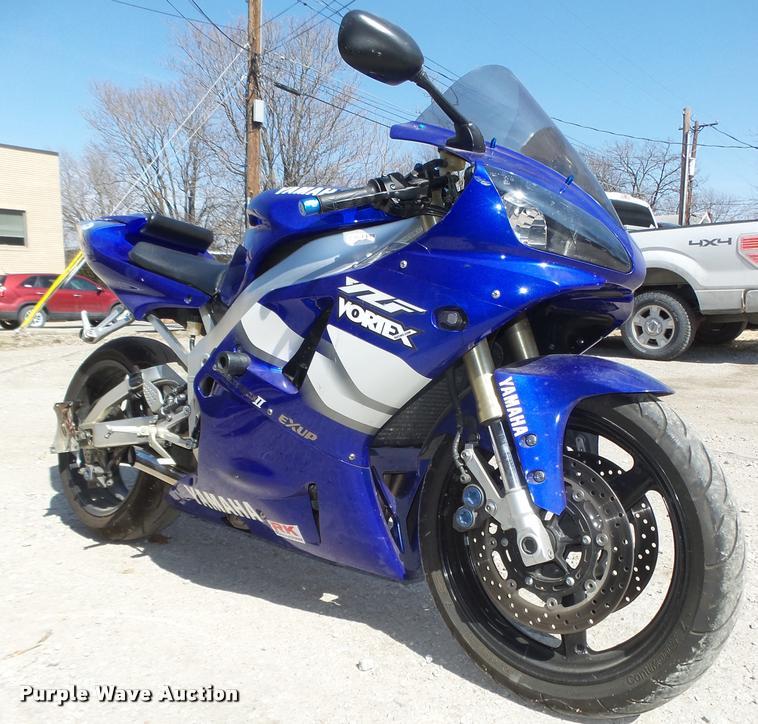 2000 Yamaha Vortex YZF-R1 motorcycle | Item AU9623 | SOLD! A