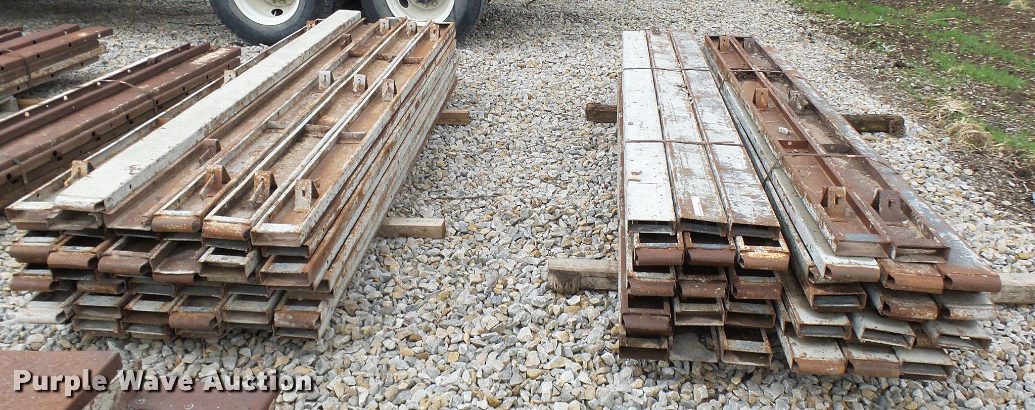 Concrete Forms For Sale >> 100 Steel Concrete Forms Item Cc9126 Sold April 27 Co