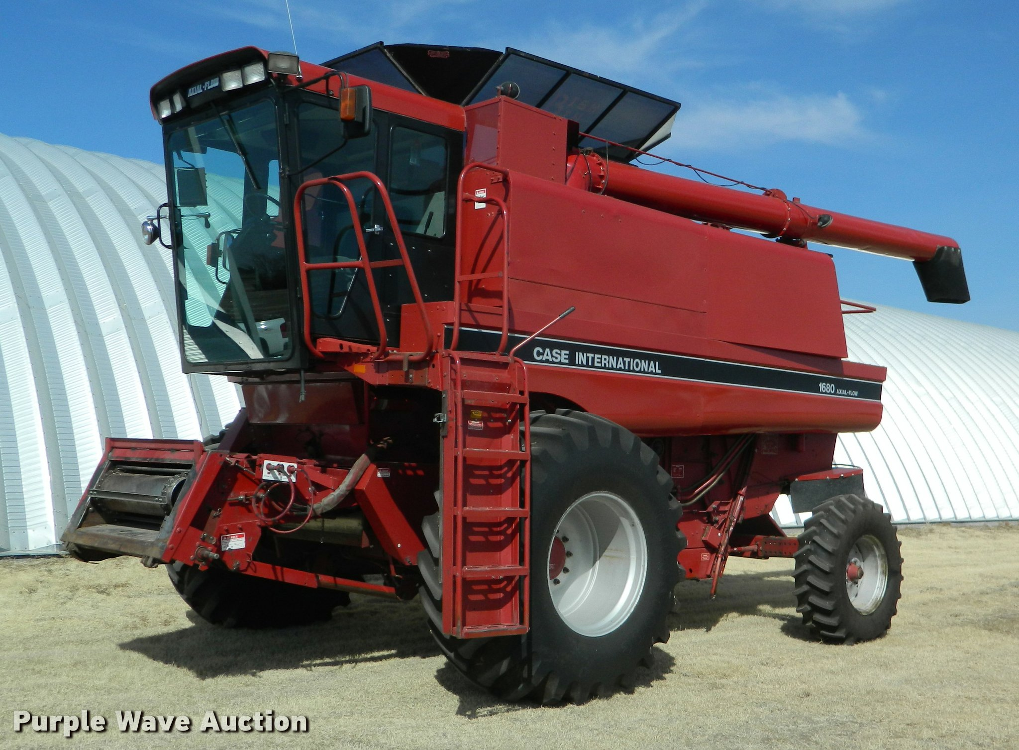 K2690 image for item K2690 1992 Case IH 1680 Axial-Flow combine